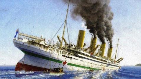 كيف كانت النهاية المأساوية للسفينة شقيقة التيتانيك؟